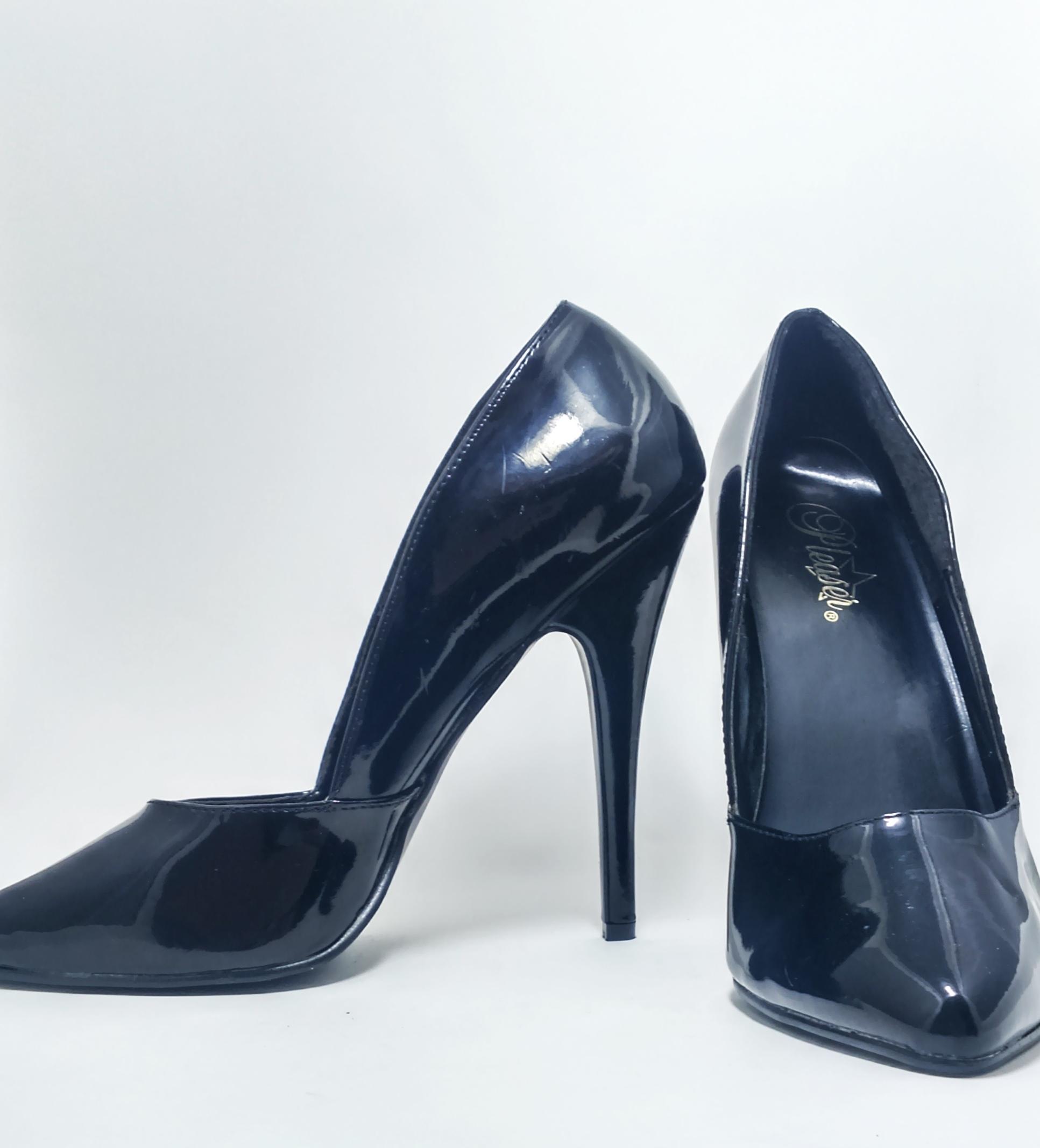 Sapato Scarpin Preto Pleaser